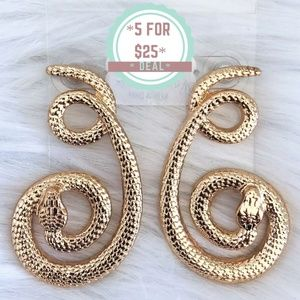 * Gold color snakes earnings